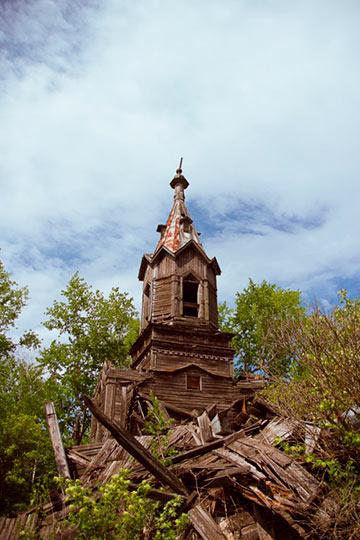 Церковь святой Живоначальной Троицы в селе Шарик, фото Аля 08.05.2012